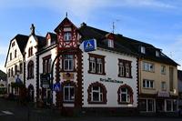 Das Kriminalhaus mit seinem Café Sherlock das kriminellste Cafe in Hillesheim im Herzen der Eifel