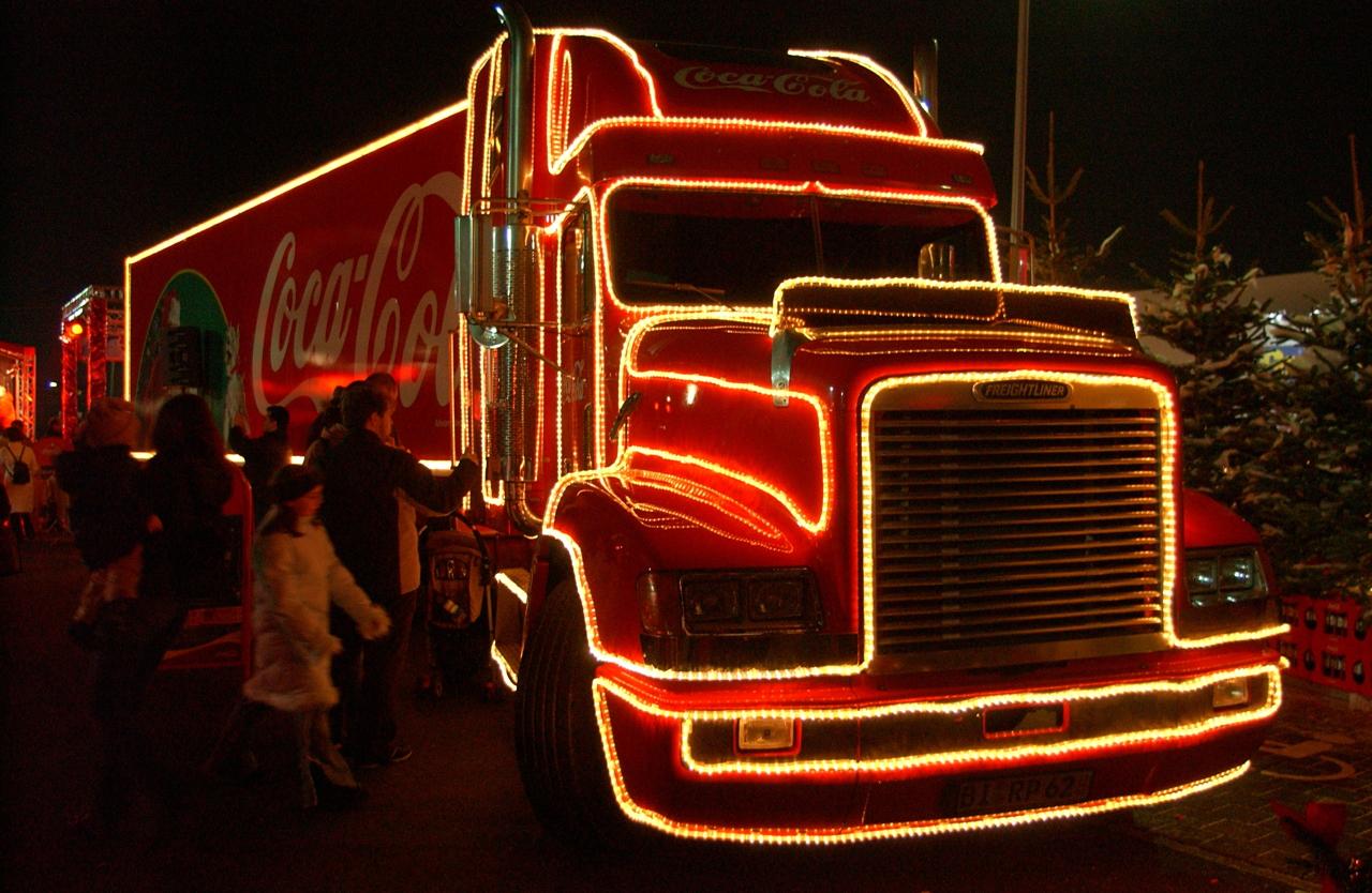 Coca-Cola Weihnachtstrucks 2004 Darmstadt-Weiterstadt Segmüller