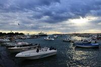 Fazana kleine Fischer und Hafenstadt in Istrien Kroatien mit Blick auf die Brioni Inseln, ein idealer Urlaubsort