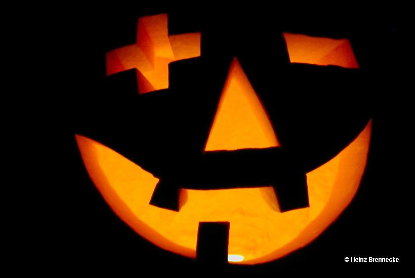 It's Halloween Time. Das Brauchtum Halloween ist ein altes keltisches und heidnisches TotenfestHalloween, altes keltisches und heidnisches Totenfest