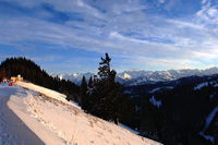 Hörnerbahn nur 7km von Oberstdorf in Bolsterlang längster Höhen-Winterwanderwege im Allgäu mit Berghaus Schwaben