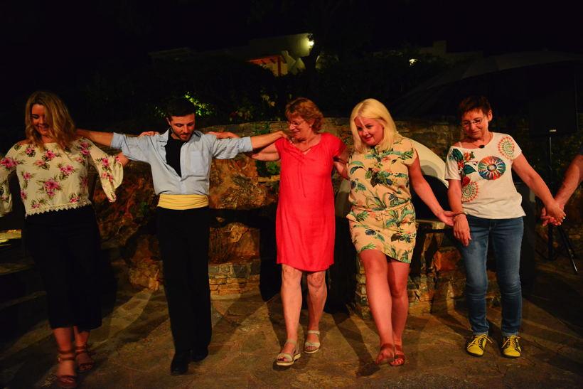 Griechenland Insel Kreta Agios Nikolaos Golf von Mirabelleo Miinos Beach Art Hotel Honeymoon
