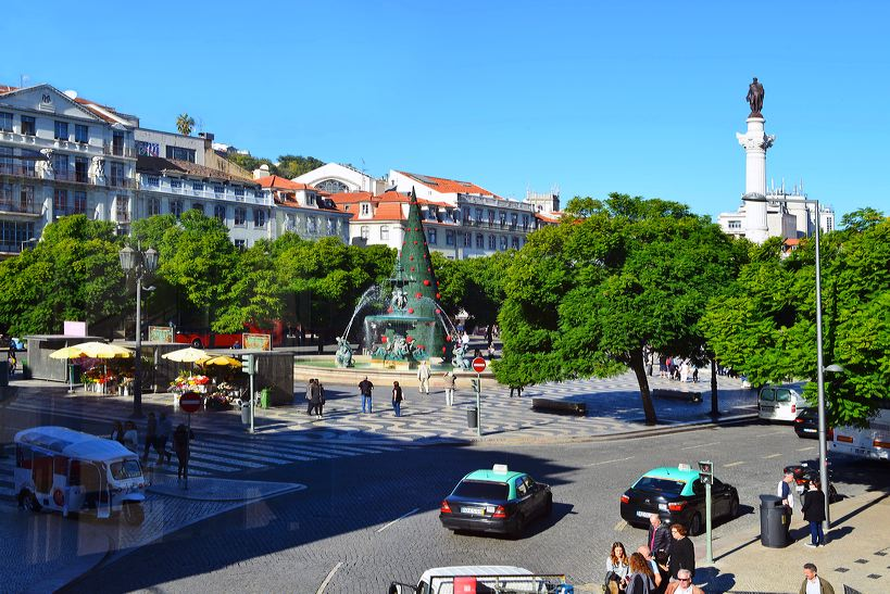 Lissabon, Lisboa Stadtteil Baixa Chiado und Bairro Alto, der Platz Rossio, Elevador de Santa Justa und die Tram Line 28.