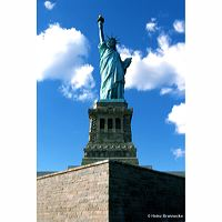 Ney York Kalenderbuch Empire State Building Times-Square Brooklyn Bridge River Cafe Statue of Liberty Guggenheim Museum