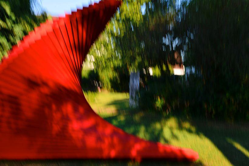 19. Skulpturenpark Mörfelden-Walldorf vom 7. August - 11. September 2016,  im Bürgerpark Mörfelden mit Jules Andrieu - Elvira Chevalier - Jan Douma - Ulrike Gölner - Cornelia Heier - Margret Holz - Thomas Matt - Markus Schmitt - Achim Schroeteler - Franz Stähler - Elizabeth Thallauer - Georg-Friedrich Wolf