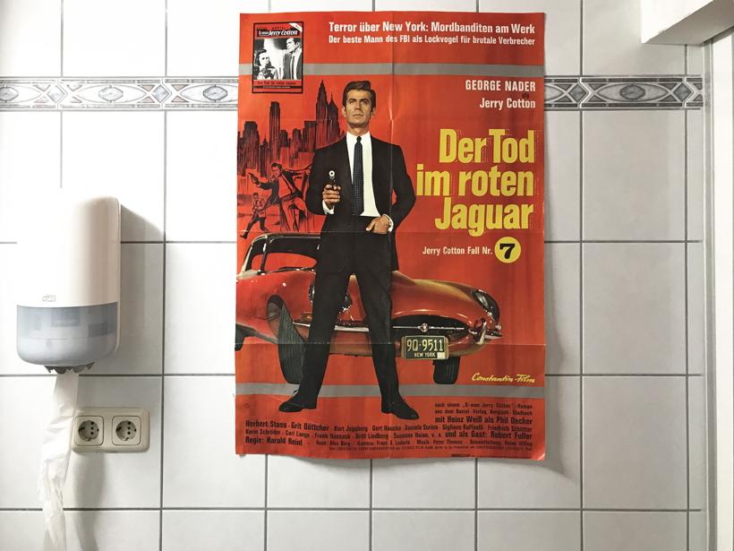 Toiletten WC Klo stilles Örtchen Klosett Lokus Abort, Latrine, Null-Nul Donnerbalken